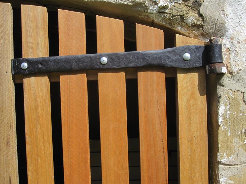 Gate Hardware Victoria Hinges Straps Blackwood